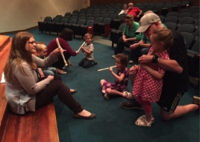 VSO Musician Works with Pre-Schoolers at Local Library